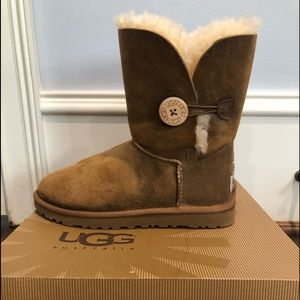 Uggs Bailey Button Bomber Jacket Boot